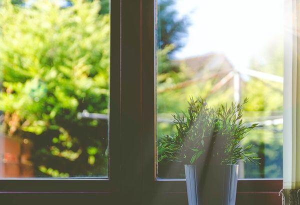 Conseils et astuces pour préserver votre établissement de la chaleur